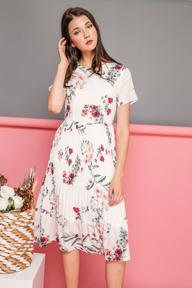Sybil Floral Pleated Midi Dress in White (XL)