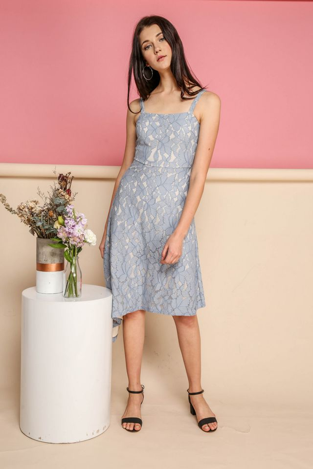 Annalise Lace Midi Dress in Powder Blue (L)