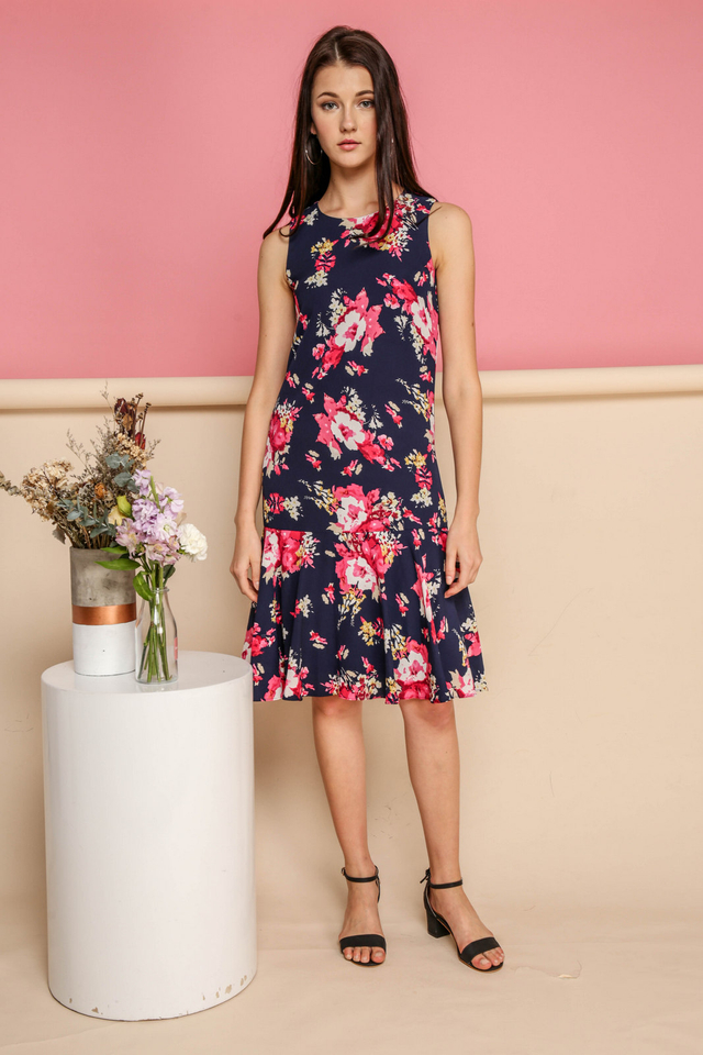 Edith Floral Dropwaist Midi Dress in Navy (XS)