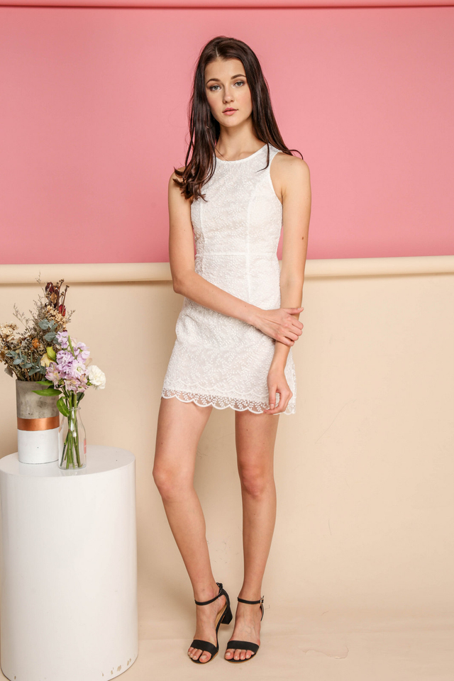 Leah Organza Scallop Hem Dress in White
