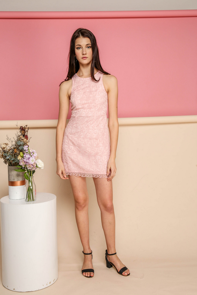 Leah Organza Scallop Hem Dress in Pink (XL)