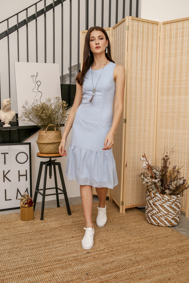 Laura Basic Midi Dress in Powder Blue