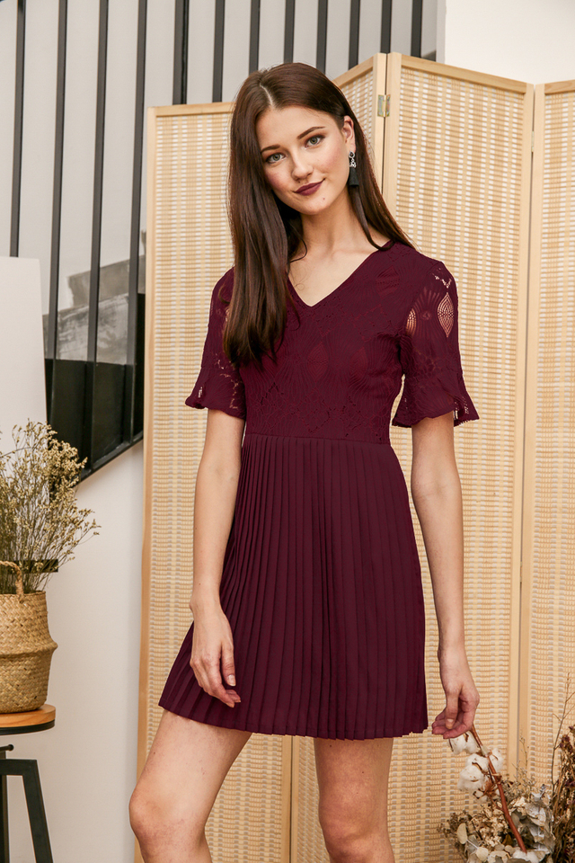 Zann Lace Pleated Dress in Deep Purple (L)