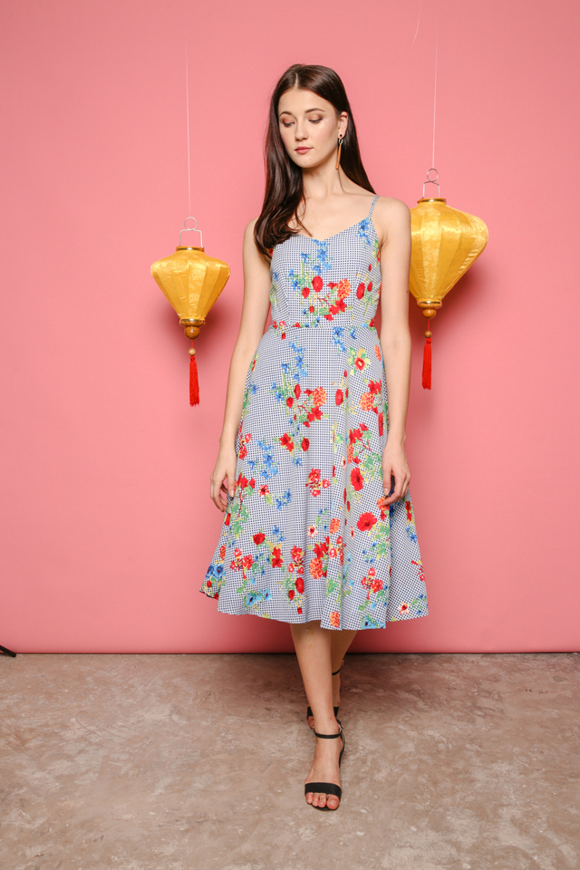 Keri Midi Dress in Gingham Florals (L)