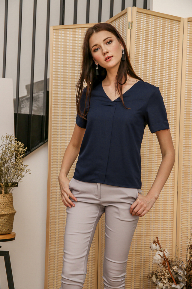 Mel Basic Folded Top in Navy Blue