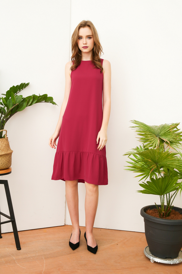 Priscilla Dropwaist Midi Dress in Magenta (L)