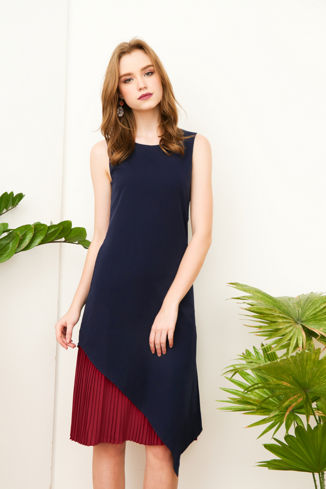 Farren Side Pleats Dropwaist Dress in Navy