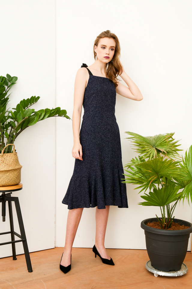 Harlyn Tie Ribbon Tweed Midi Dress in Navy