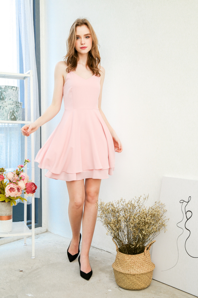 Tris Basic Skater Dress in Baby Pink