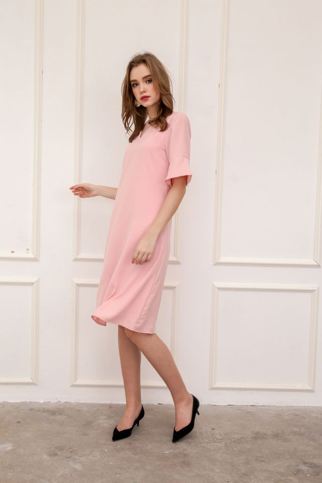 Rachal Fluted Sleeve Midi Dress in Baby Pink (XS)