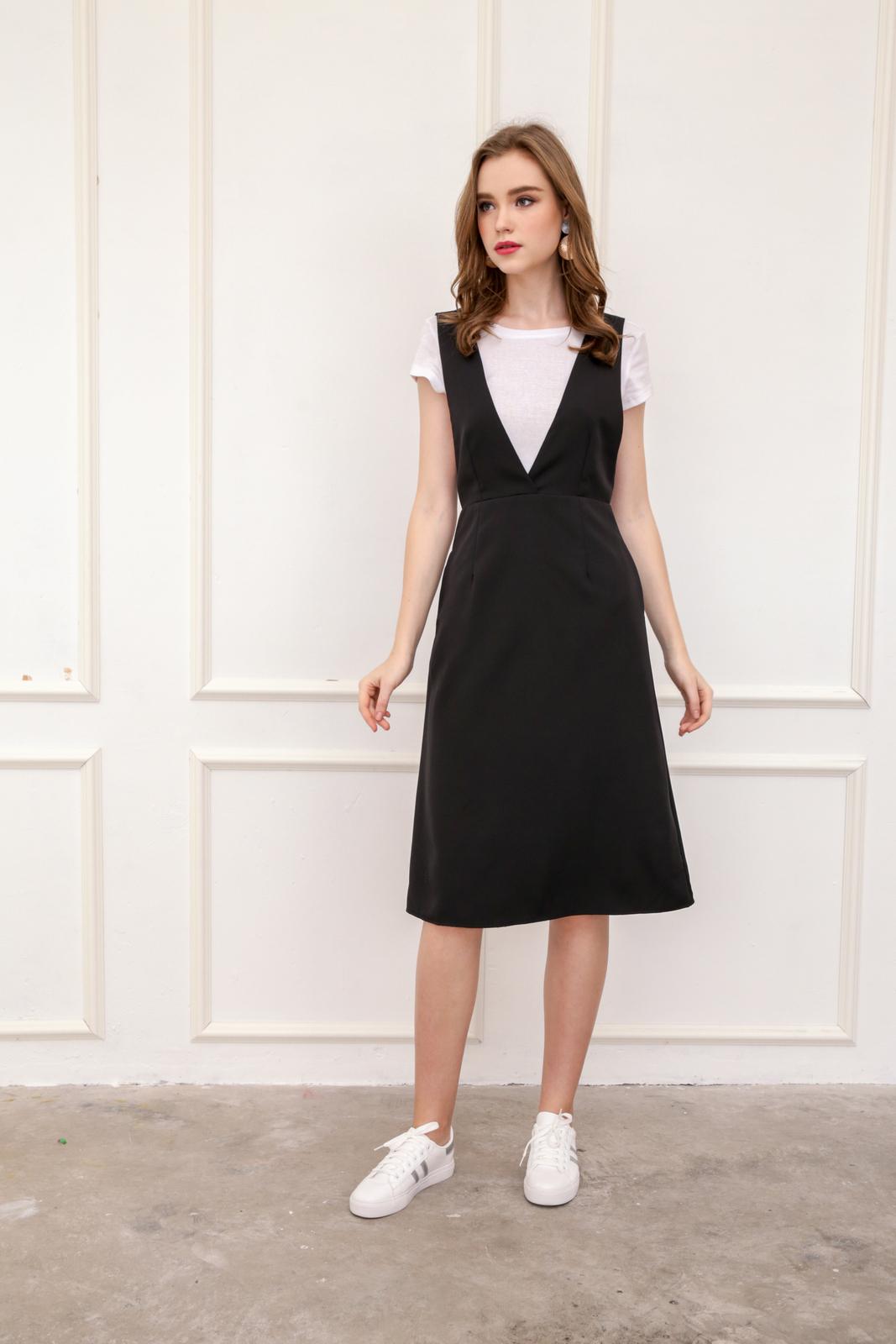 39ff0a2ced Kass Deep V Neck Pinafore Dress in Black