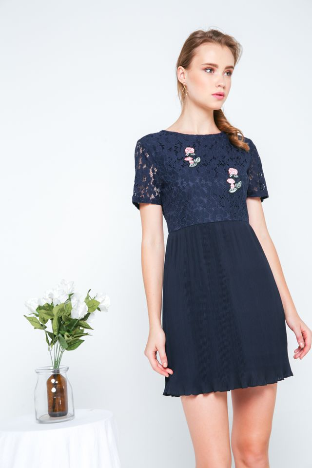 Evian Crochet Pleats Dress in Navy