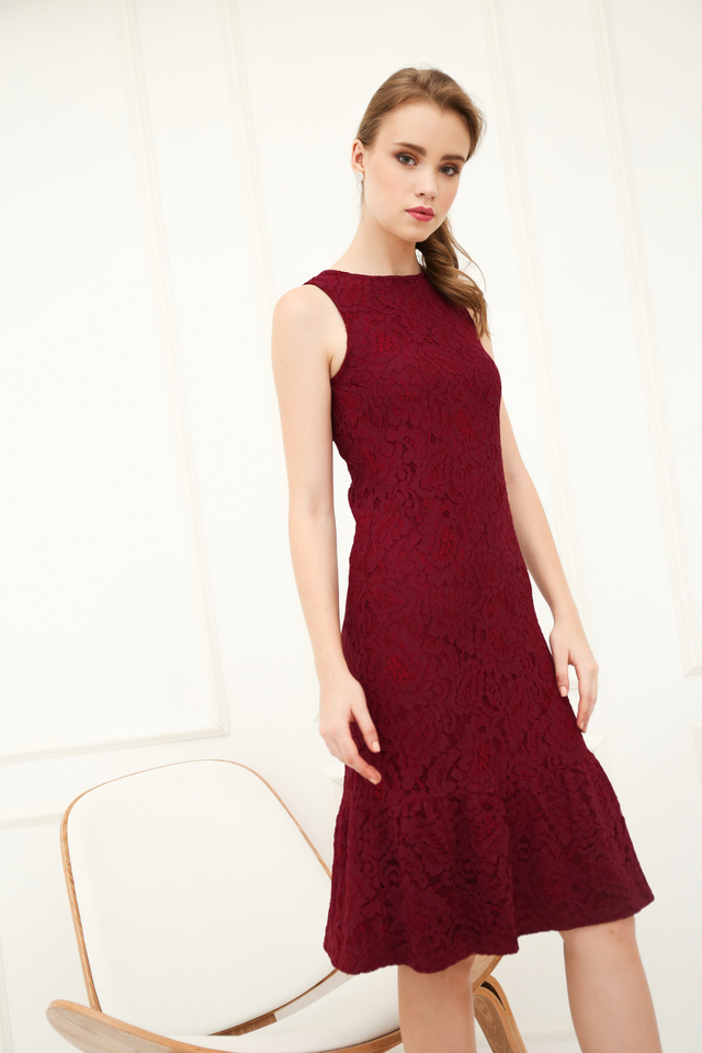 Versa Lace Dropwaist Midi Dress in Burgundy