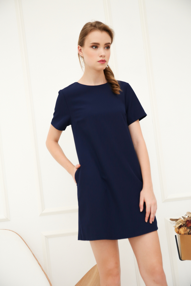 Zen Basic Shift Dress in Navy (XL)