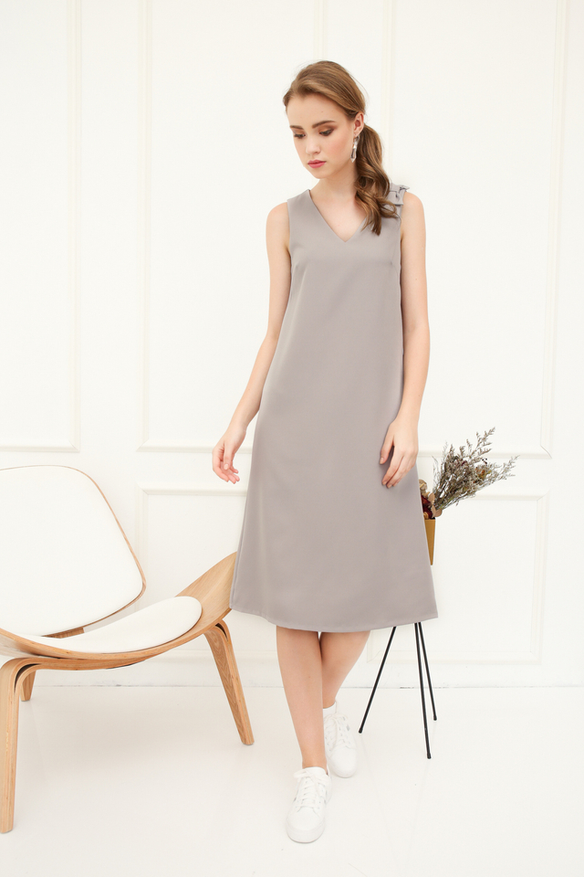 Coralia Ribbon Midi Dress in Grey