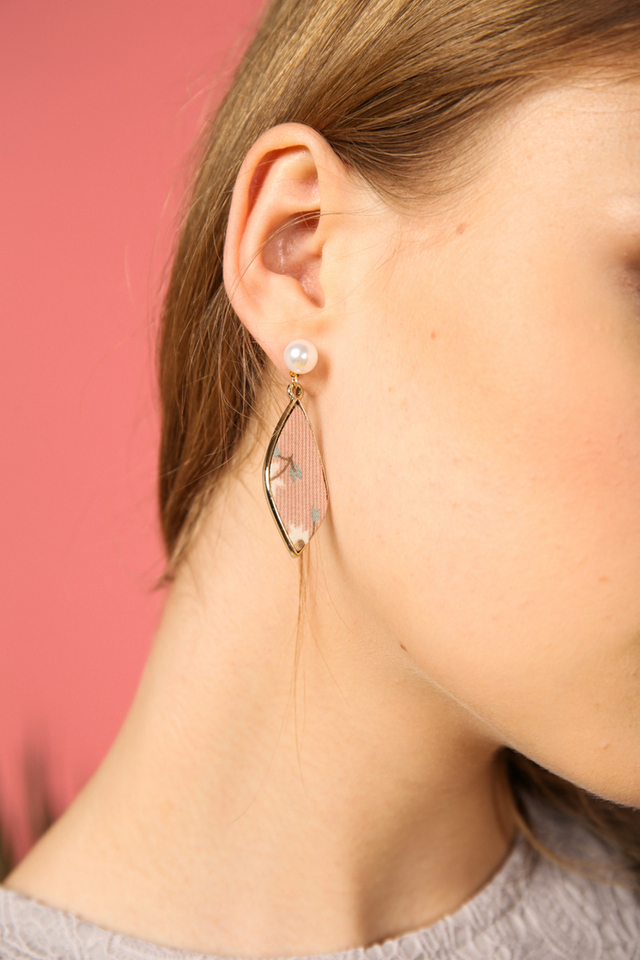 Isadora Floral Earrings in Pink