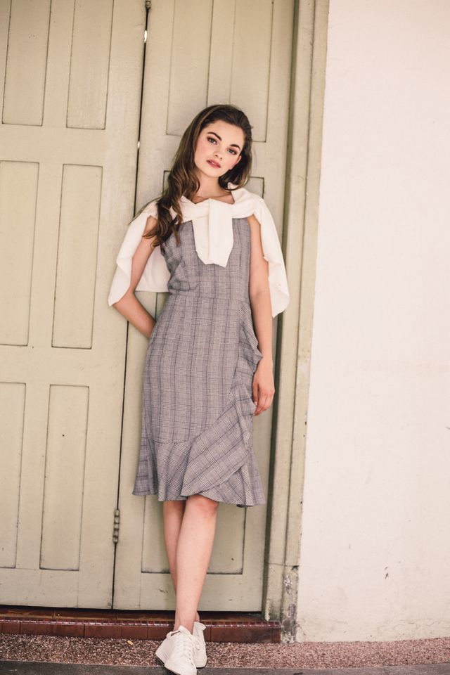 Cosette Plaid Ruffles Midi Dress in Grey