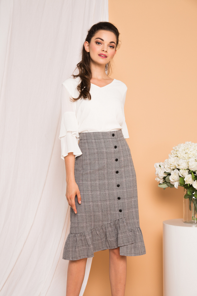 Wylla Plaid Sheath Skirt in Grey