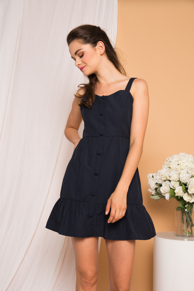 Sealle Button-down Babydoll Dress in Navy (L)