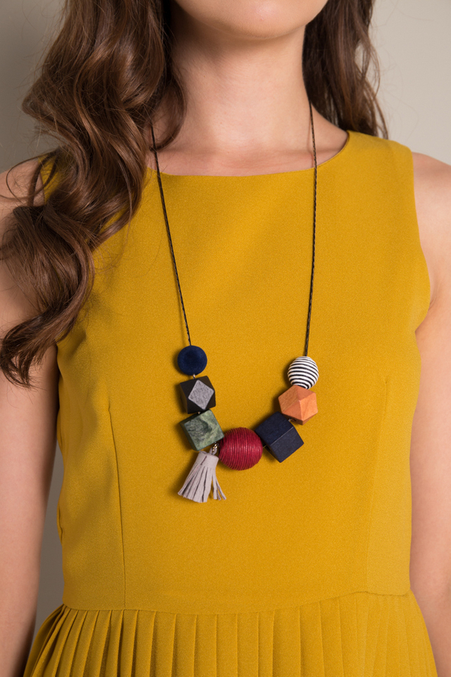 Talin Geometric Necklace in Red
