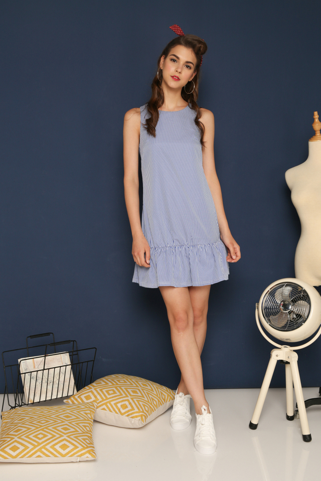 Emmie Gingham Dropwaist Dress in Blue (M)