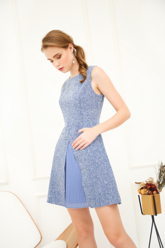 Bert Double Pocket Tweed Dress in Light Blue (L)
