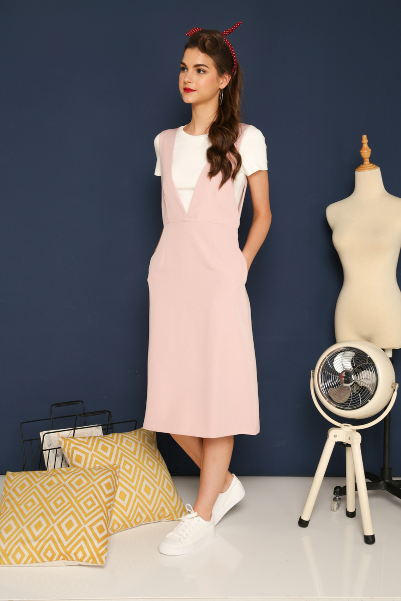 4afe303736 Kass Deep V-Neck Pinafore Dress in Dusty Pink