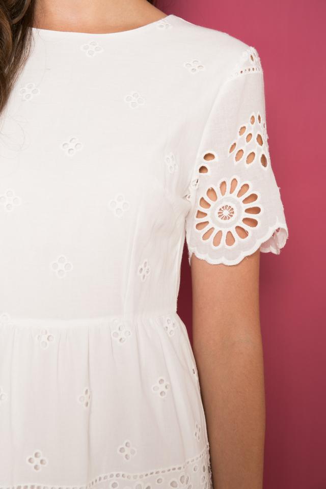 Kassian Eyelet Sheath Dress in White (S)