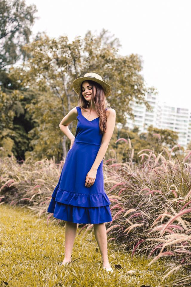 Kiersten Tiered Ruffles Midi Dress in Cobalt Blue
