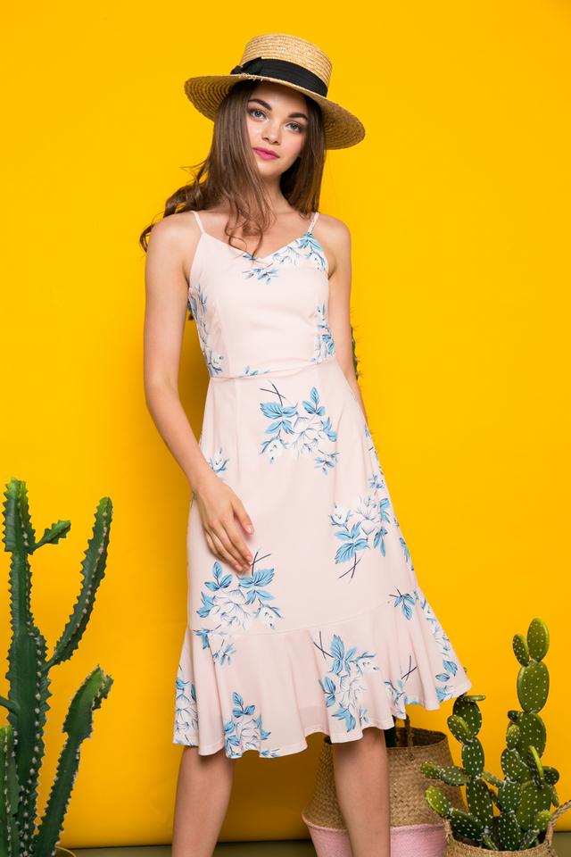 Rhonwen Floral Midi Dress in Peach Pink