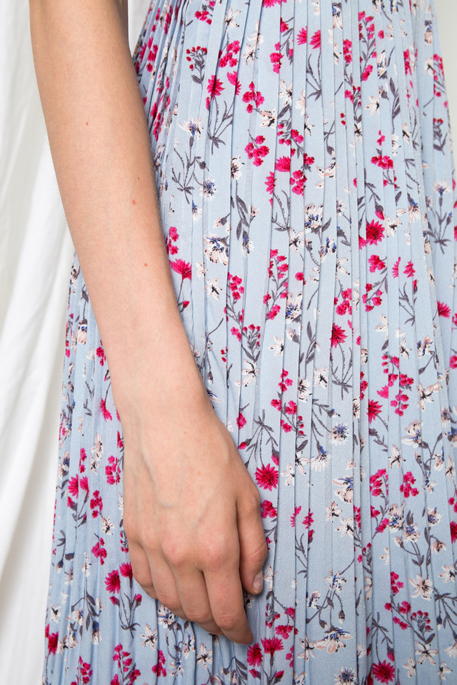 Aniela Floral Pleated Midi Dress in Dusty Blue