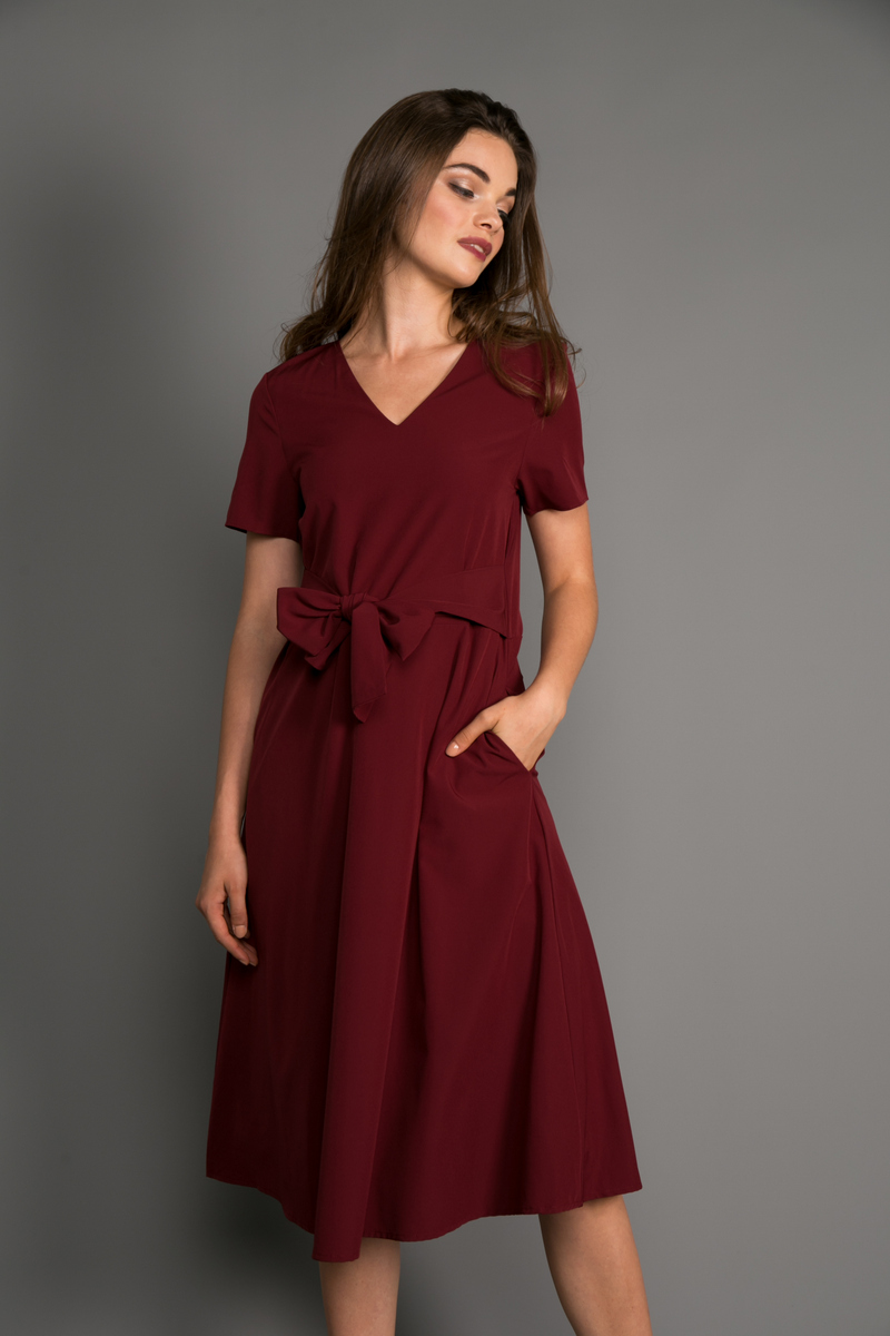 8a871c153652 Sierra Flare Midi Dress in Maroon