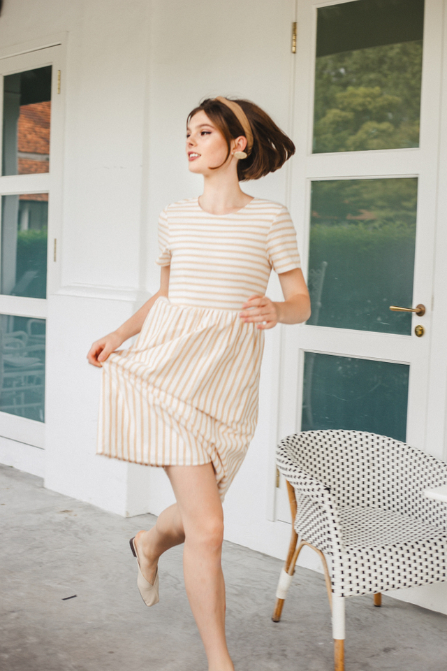 Autry Striped Midi Dress in Sand (XS)