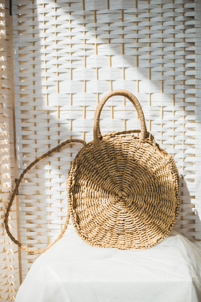 Cressa Round Straw Bag in Brown