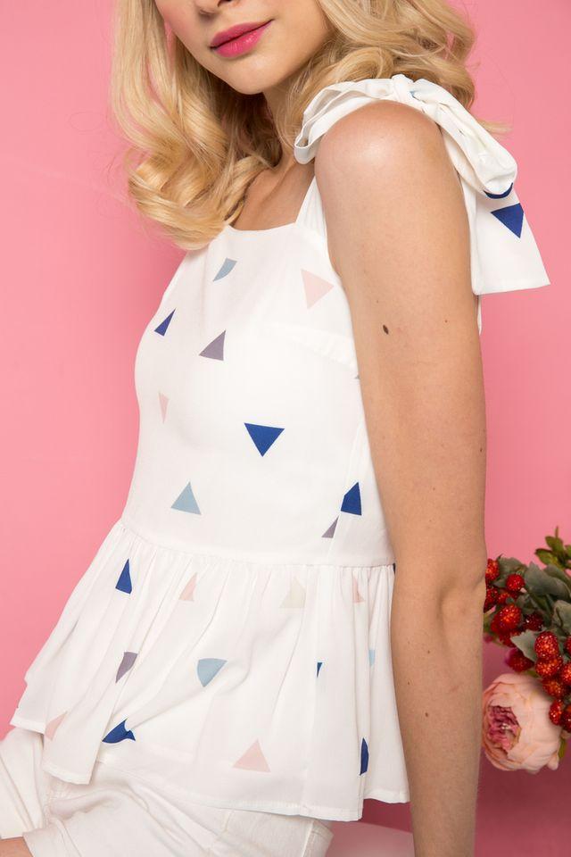 Nassandra Triangle Peplum Top in White (XL)