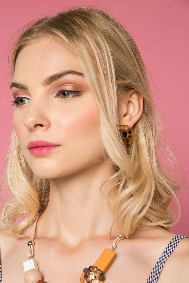 Zelia Earrings in Brown