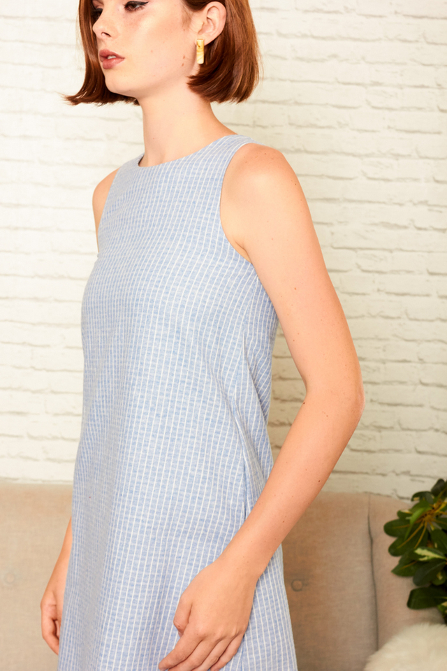 Maerya Checkered Shift Dress in Cornflower Blue (M)
