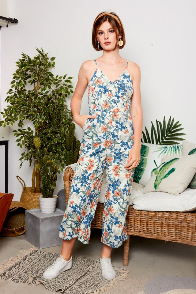 Kyeleigh Floral Slit Jumpsuit in Cream (L)