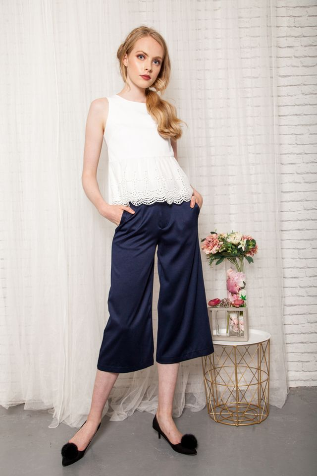 Gracelynn Satin Culottes in Navy