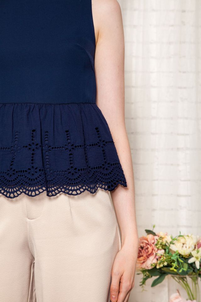 Yori Eyelet Babydoll Top in Navy (XS)