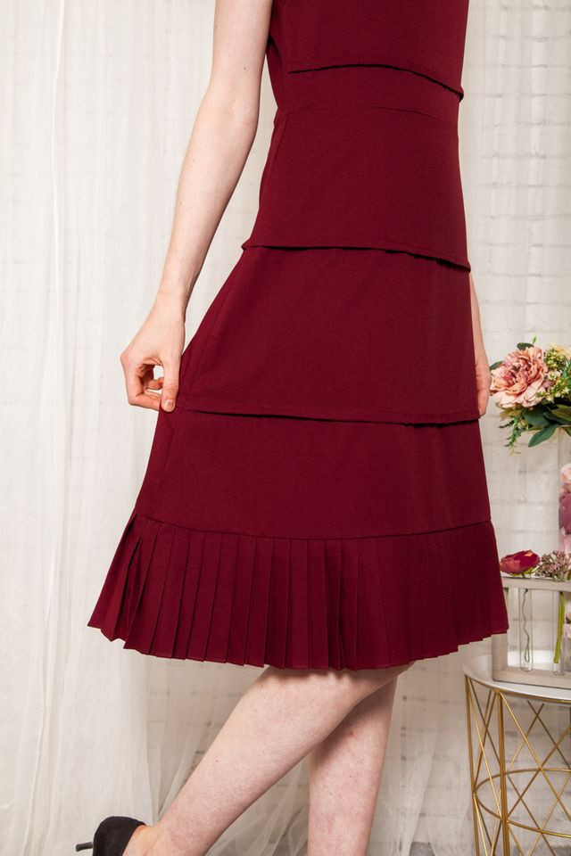 Jaslene Layered Pleated Dress in Maroon (L)