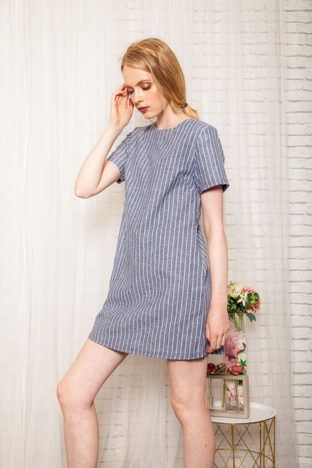 Merridie Striped Shift Dress in Hale Navy