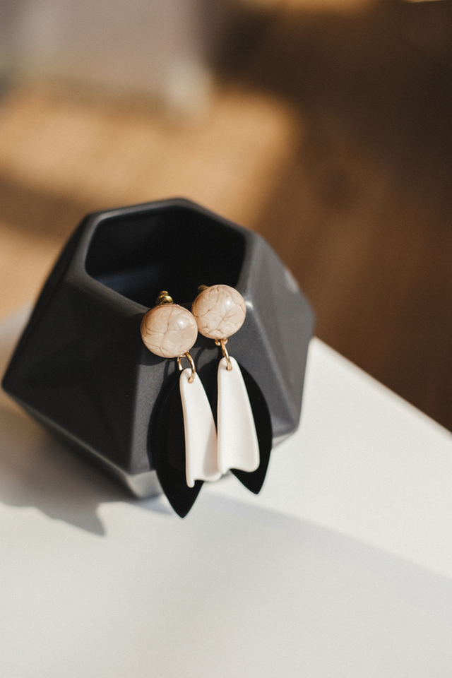 Cyrano Monochrome Earrings