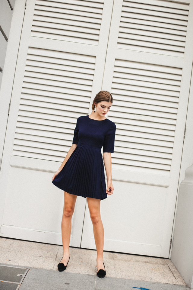 Charon Basic Pleated Work Dress in Navy