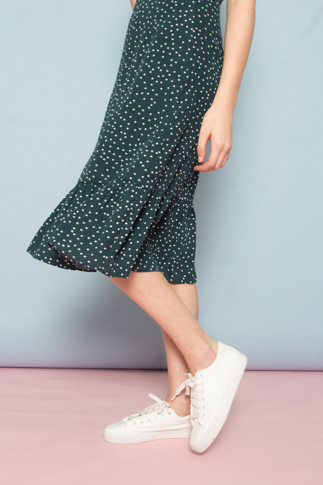 Bethia Polka Dot Dropwaist Dress in Forest (XS)