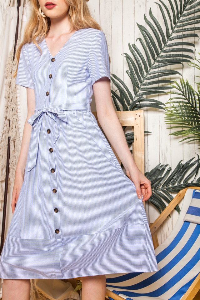 Chandelle Striped Button Down Midi Dress in Blue (XS)