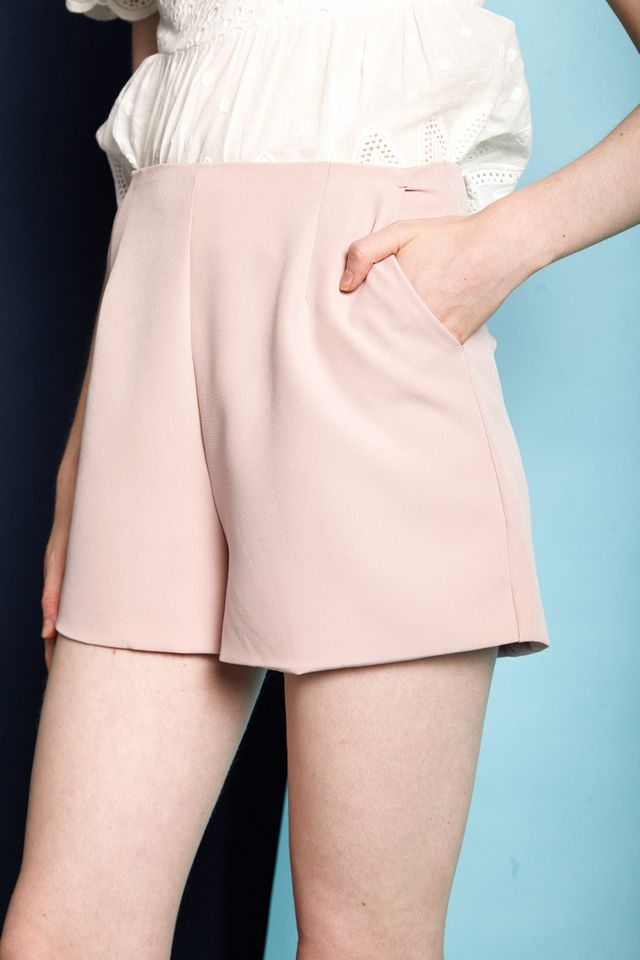 Enrica Basic High Waisted Shorts in Dusty Pink
