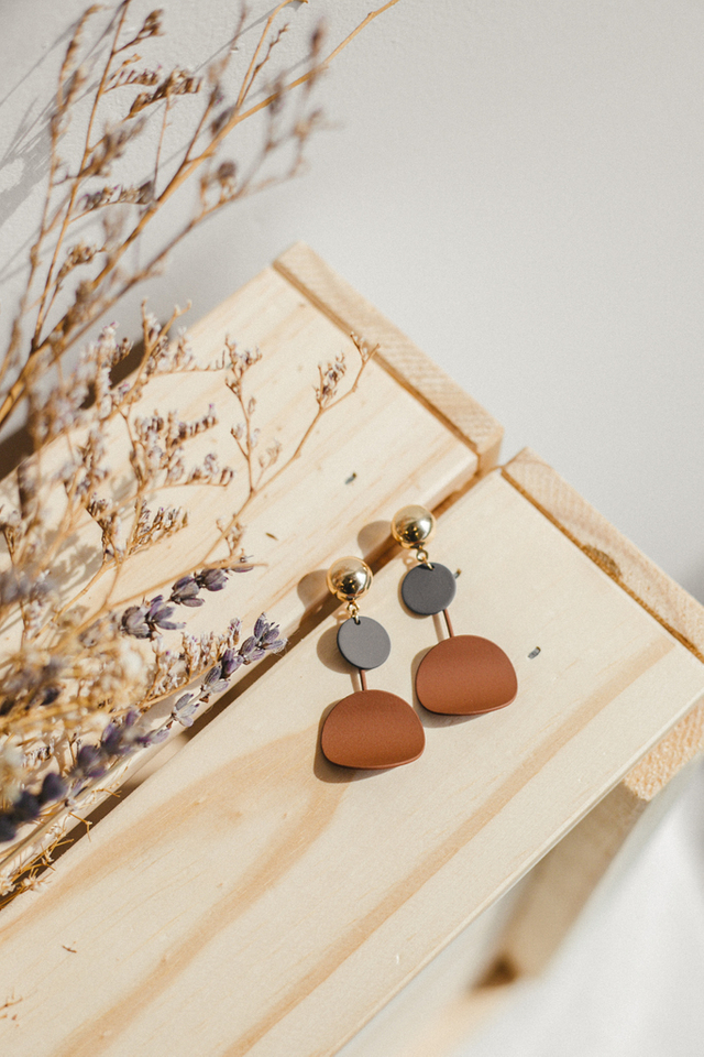 Wren Colourblock Earrings in Brown