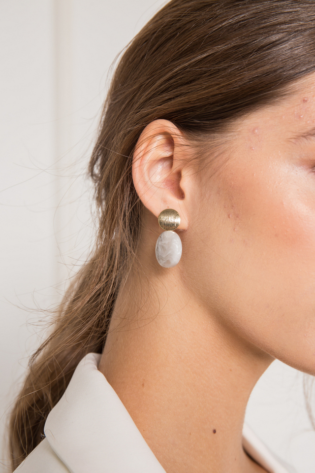 Cyane Abstract Earrings in Grey