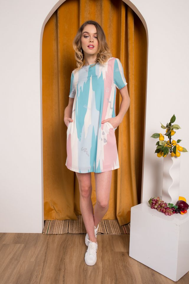 *TSW Exclusive Print* Jaeda Abstract Shift Dress in Tiffany Blue